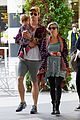 chris hemsworth true food lunch with elsa pataky india 23