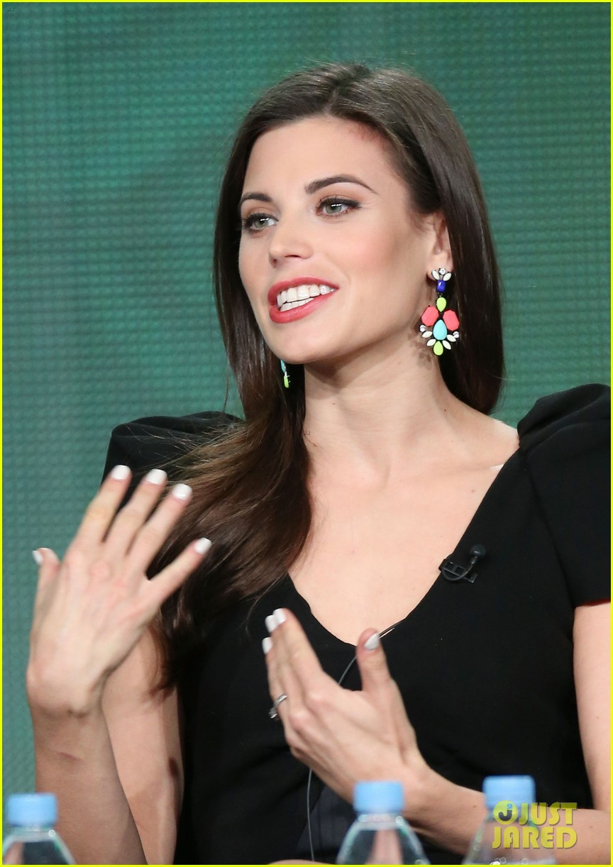 josh holloway meghan ory intelligence panel at tca tour 143032250