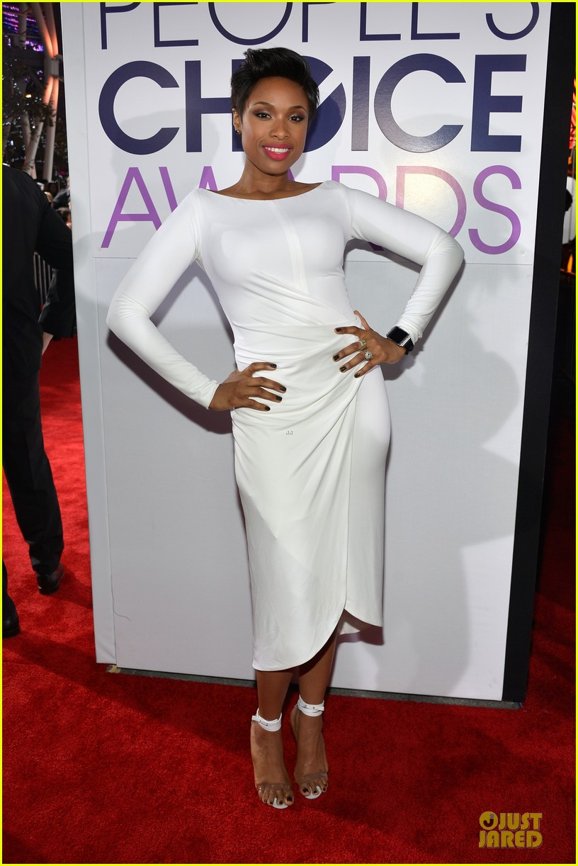 jennifer hudson peoples choice awards 2014 red carpet 033025575