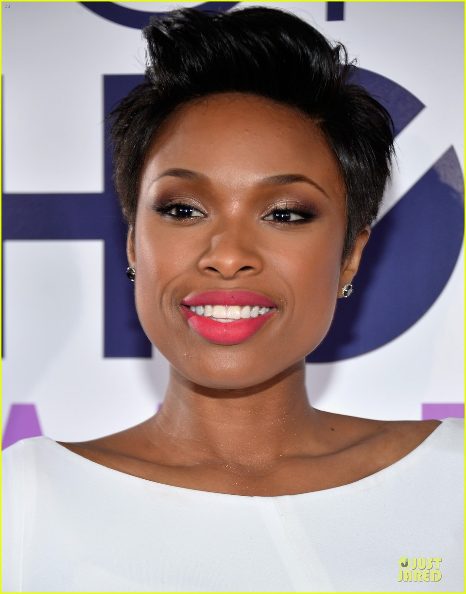 jennifer hudson peoples choice awards 2014 red carpet 073025579