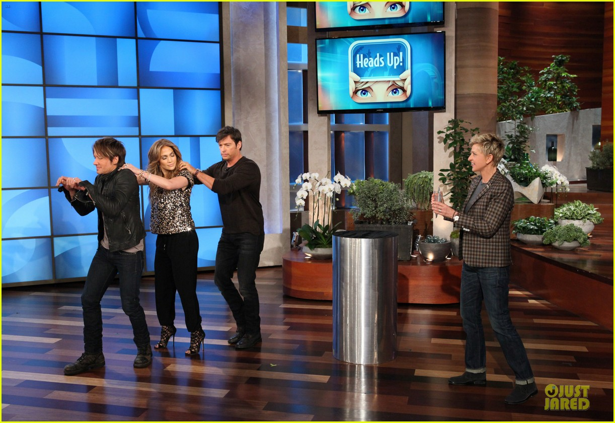 american idol judges play heads up on ellen 033031592