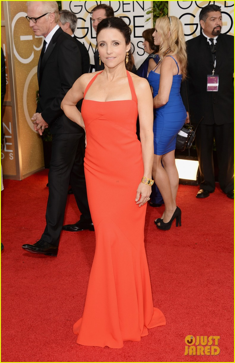 julia louis dreyfus golden globes 2014 red carpet 023029486