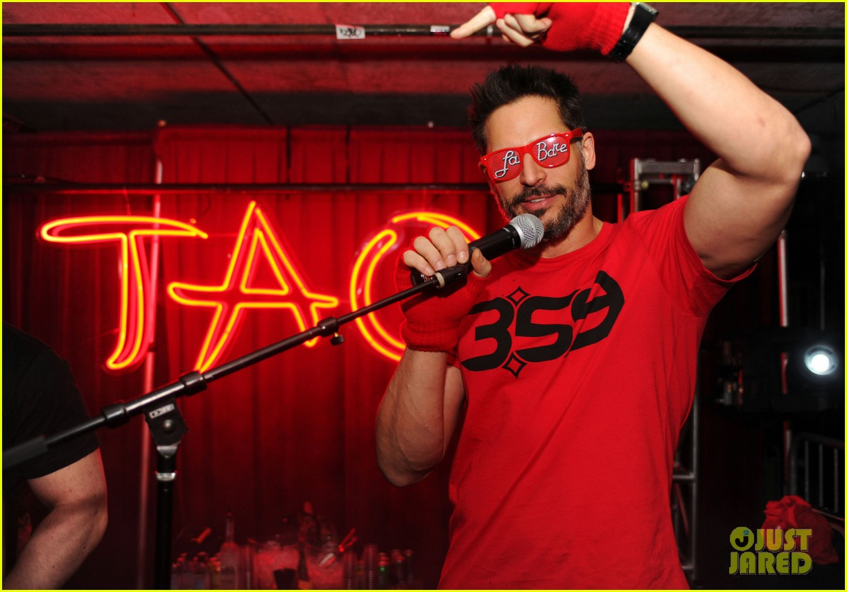 joe manganiello promotes la bare at sundance 12