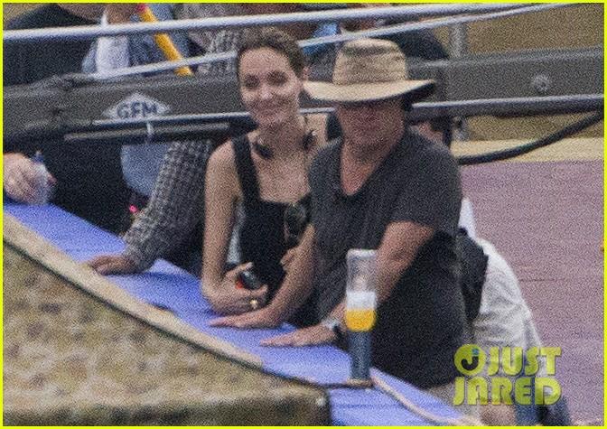 angelina jolie continues directing unbroken in australia 23