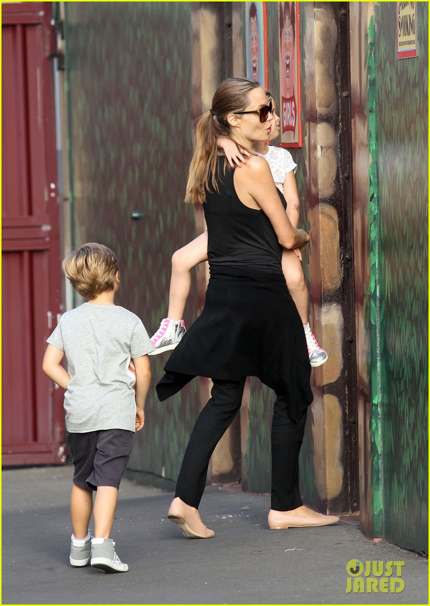 angelina jolie luna park fun with the kids 15