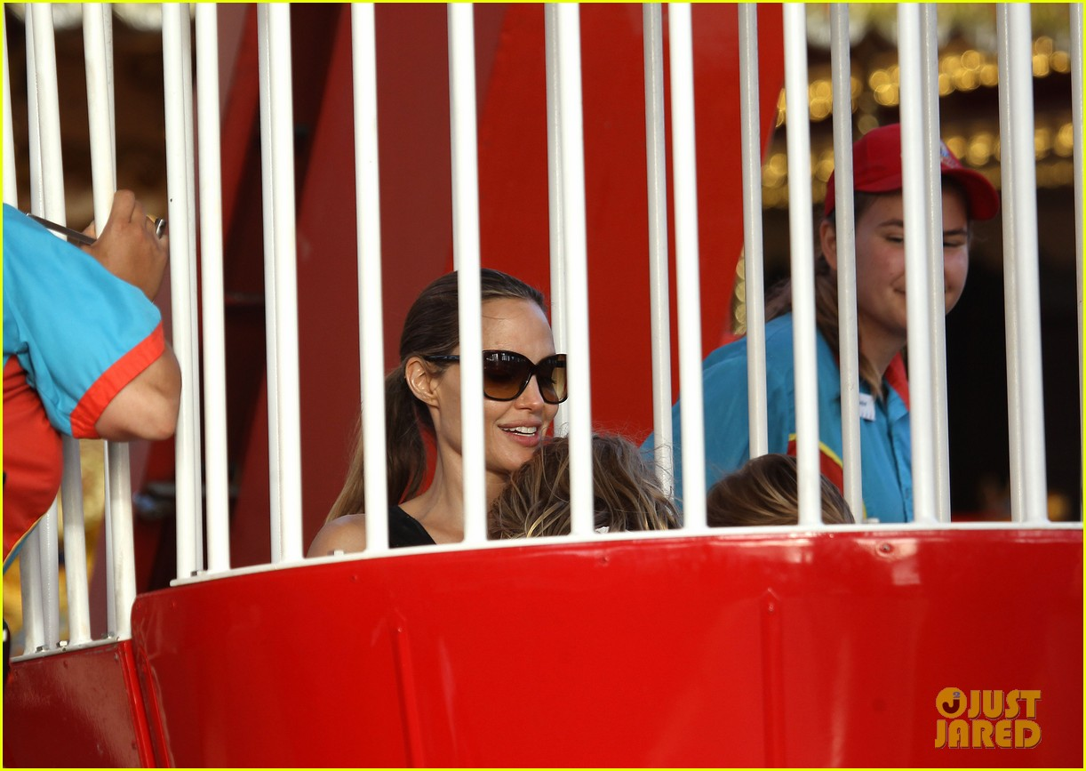 angelina jolie luna park fun with the kids 30