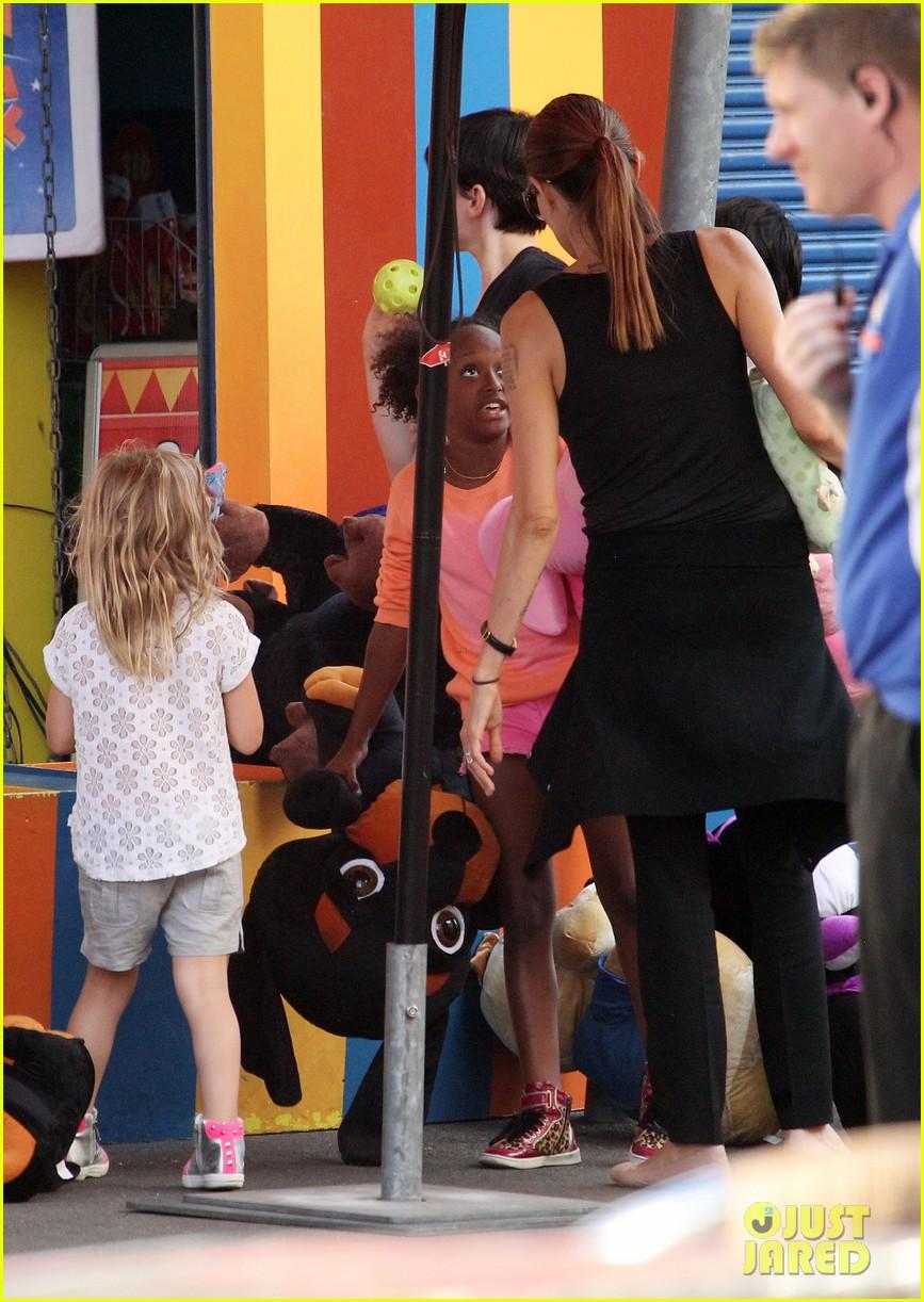angelina jolie luna park fun with the kids 52