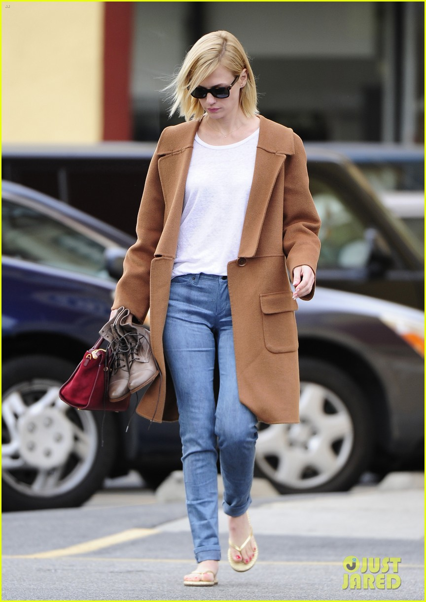 january jones nail to toe rescue stop 043026055