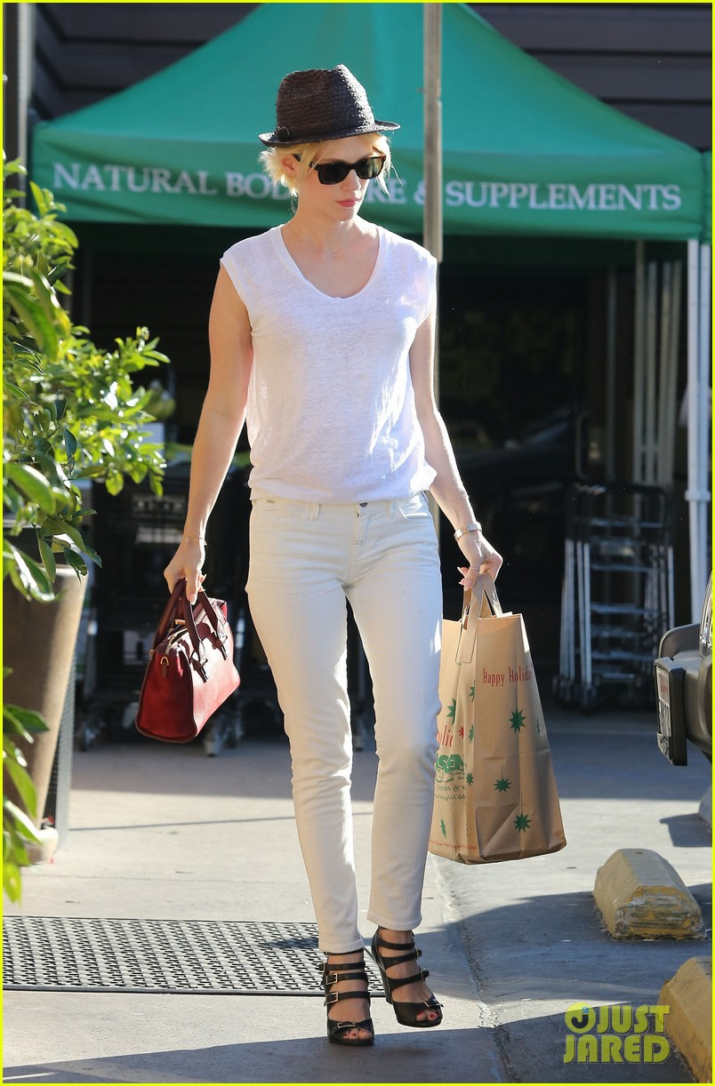 january jones vision in white for shopping trip 143032609