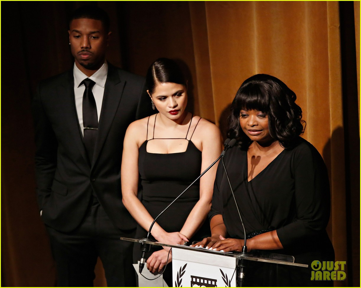 michael b jordan presents at nyfcc awards with fruitvale station co stars 093024462
