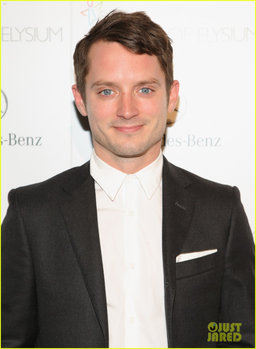 justin bartha elijah wood art of elysium heaven gala 06