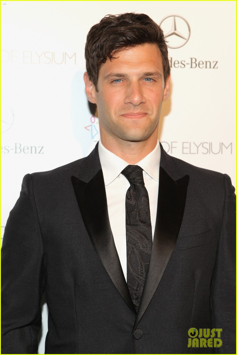 justin bartha elijah wood art of elysium heaven gala 093028645