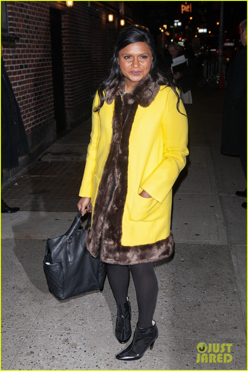 mindy kaling my elle made me feel glamorous cool 153026746