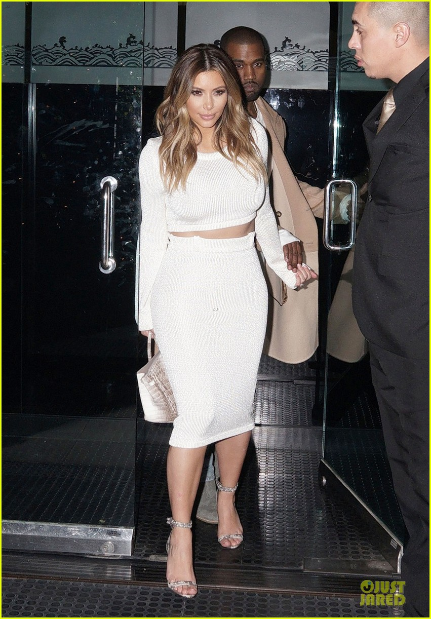 kim kardashian bares midriff for dinner with kanye west 01