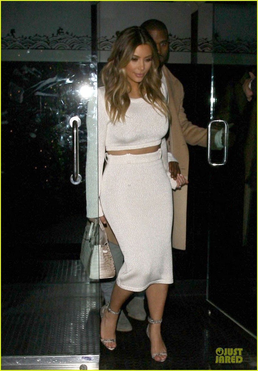kim kardashian bares midriff for dinner with kanye west 123029904