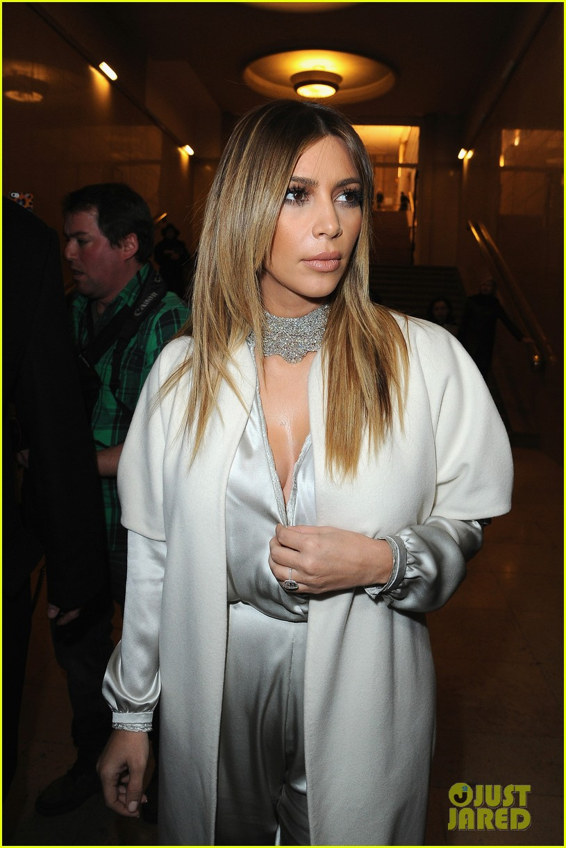 kim kardashian stephane roland fashion show 143037098