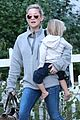 kate hudson family day brother oliver house 10