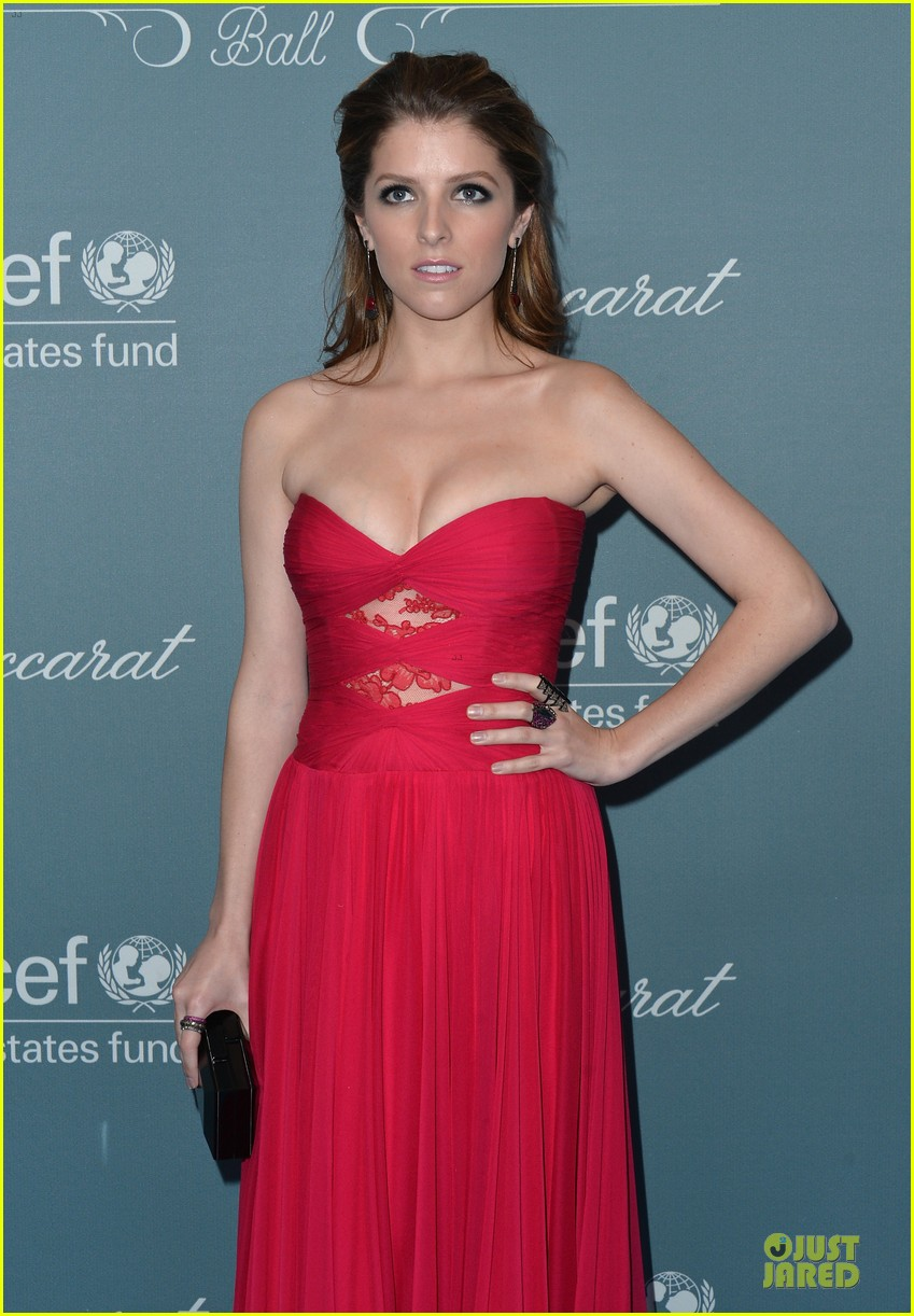 anna kendrick james marsden unicef ball 2014 12