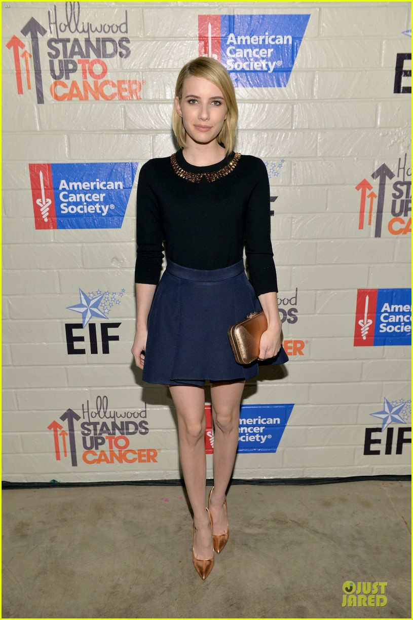 anna kendrick emma roberts all legs at stand up to cancer event 13