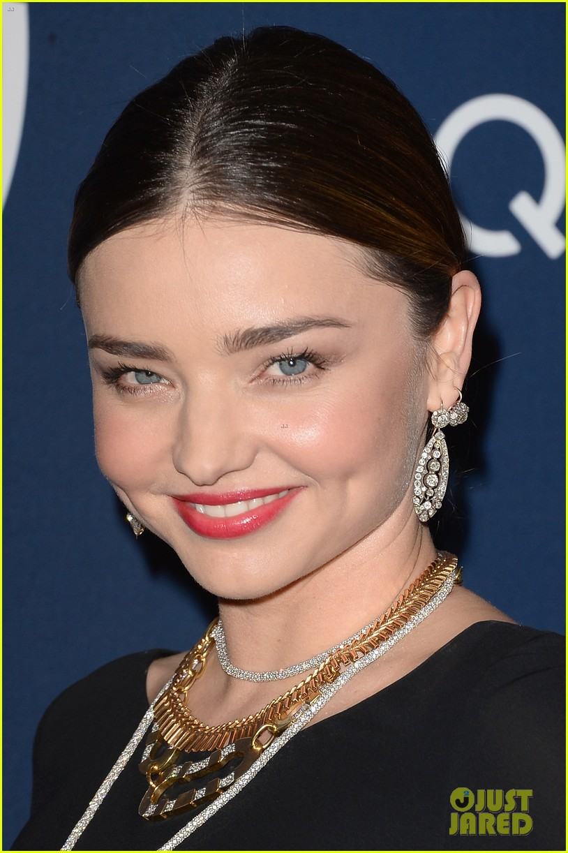 miranda kerr rocks full body slit at golden globes party 2014 02