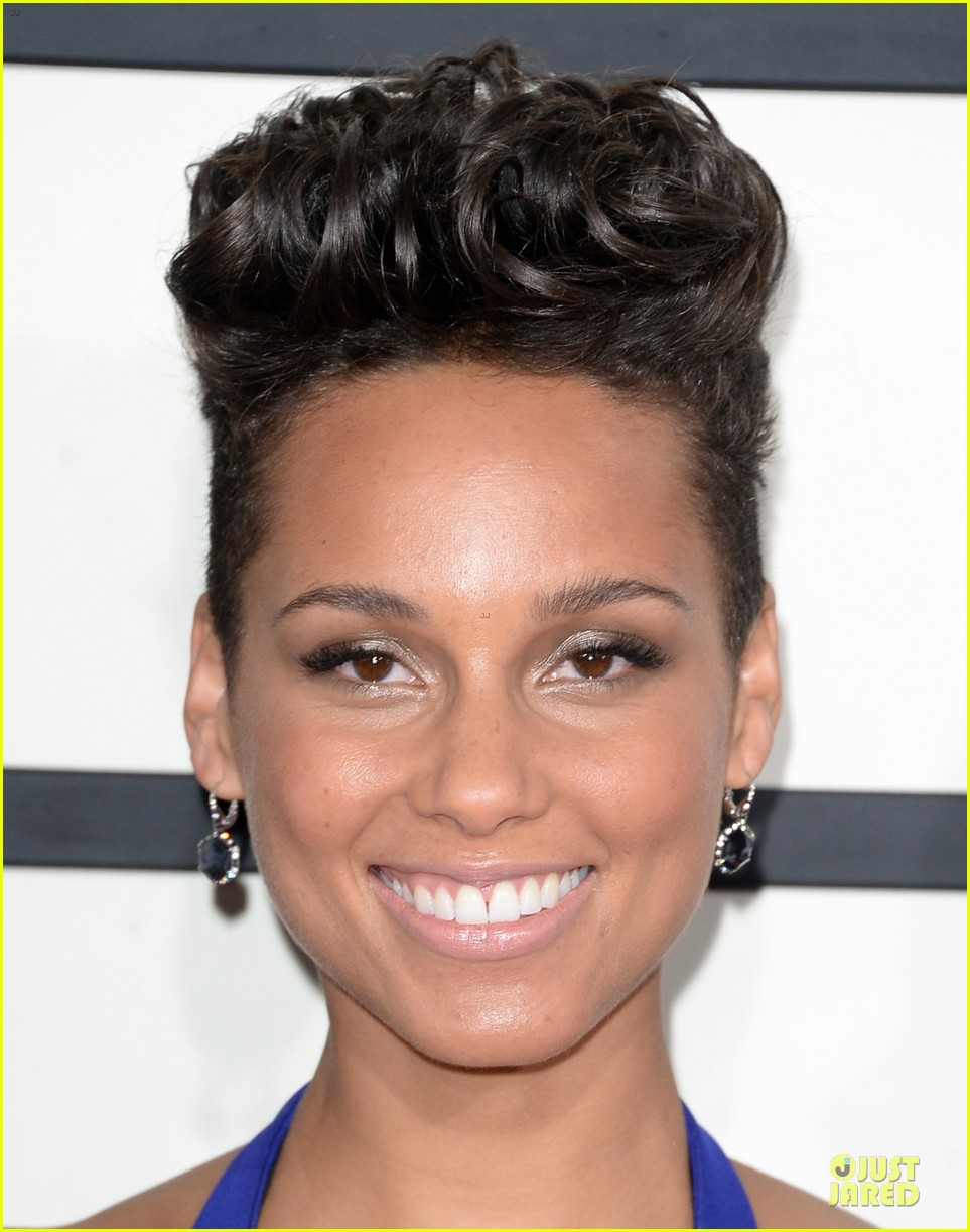 alicia keys swizz beatz grammys 2014 red carpet 093041111