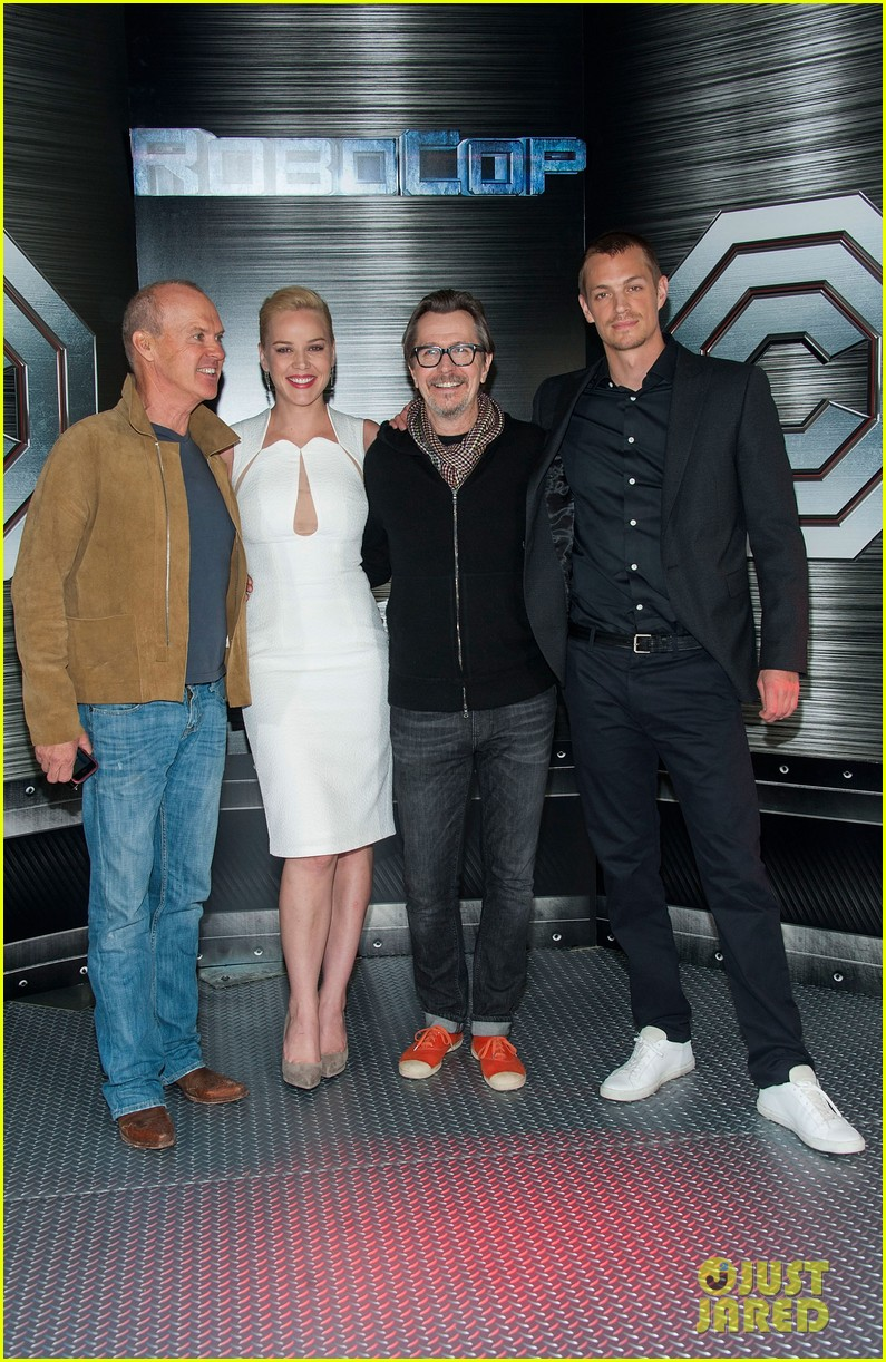 joel kinnaman abbie cornish robocop la photo call 033038752