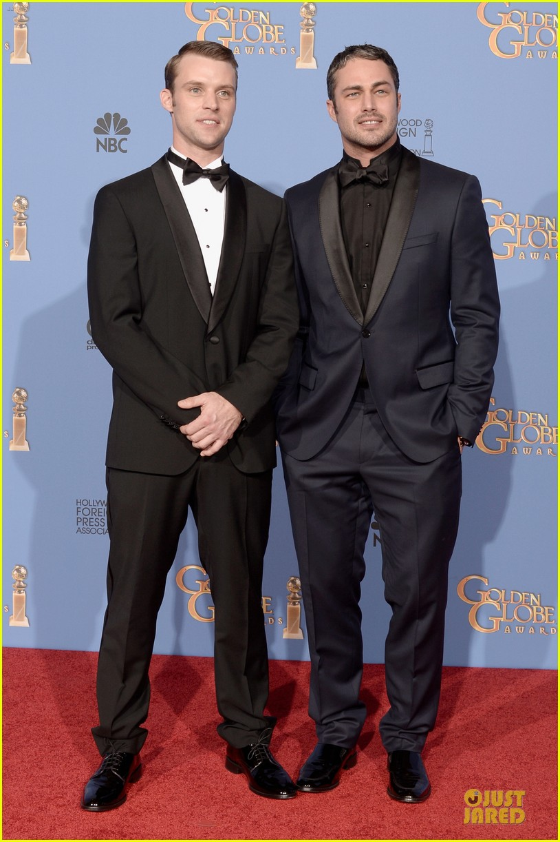 taylor kinney jesse spencer golden globes 2014 01