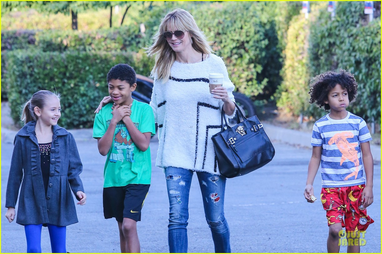 heidi klum grabs coffee before jag gym stop with the kids 22