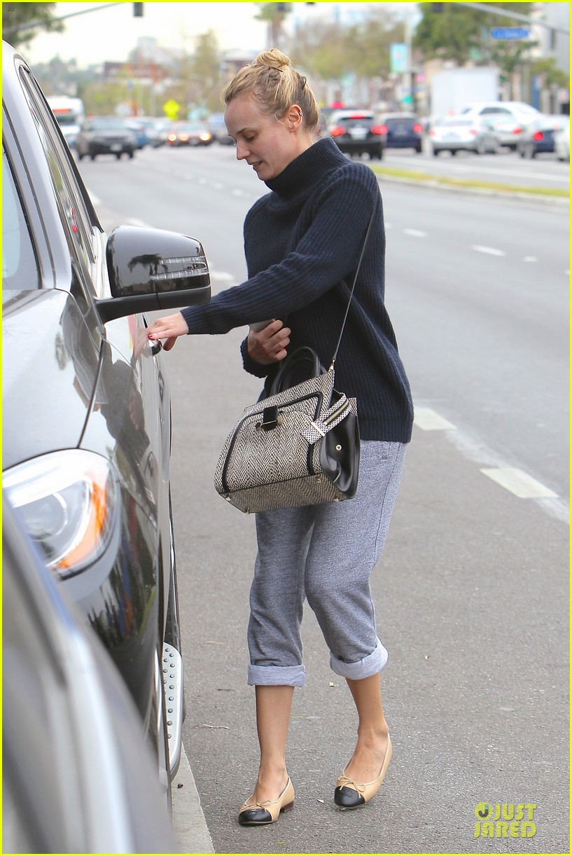 diane kruger all nuatral beauty for friday workout 12