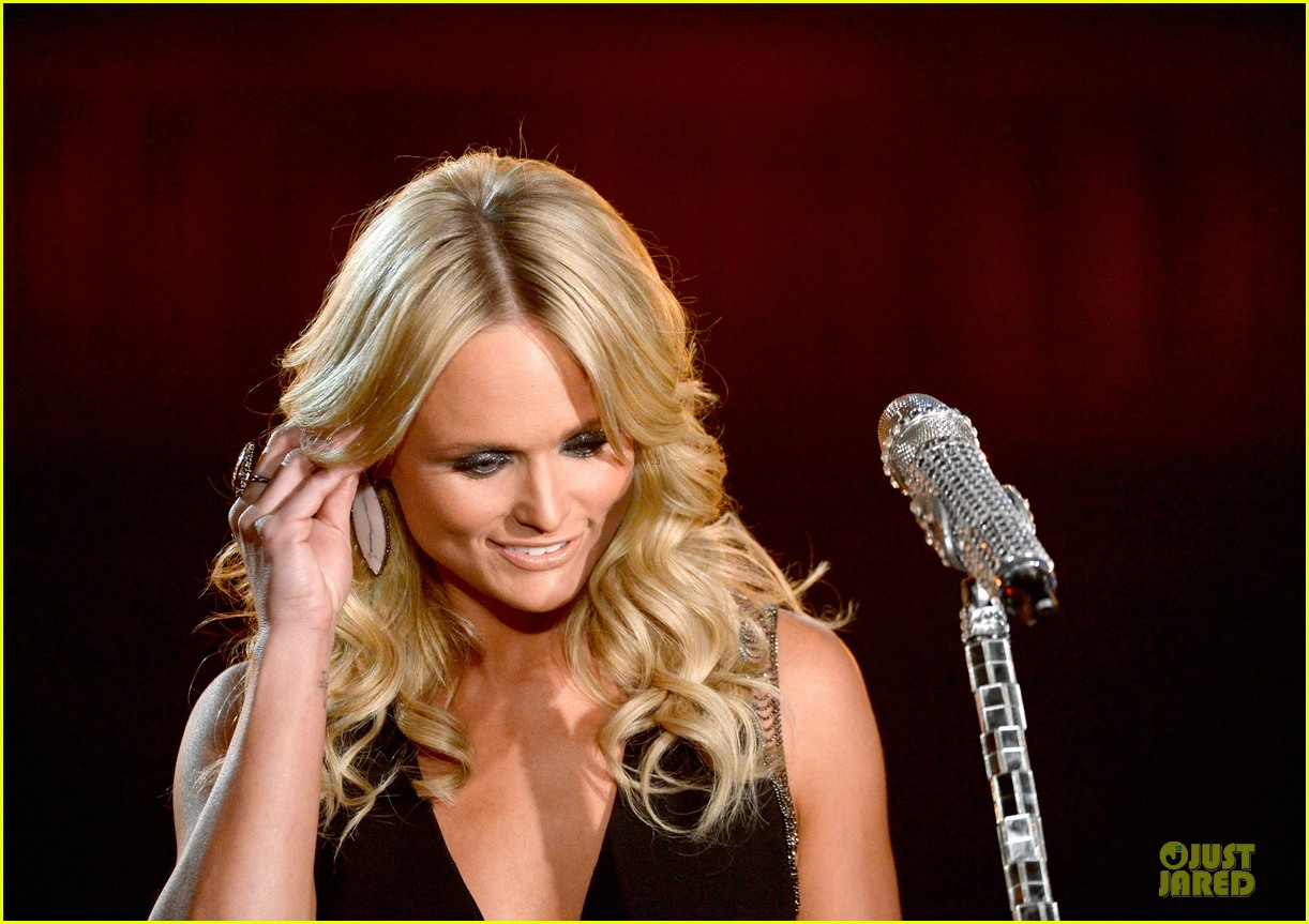 miranda lambert billie joel armstrong when i will be loved at the grammys 2014 video 043041729