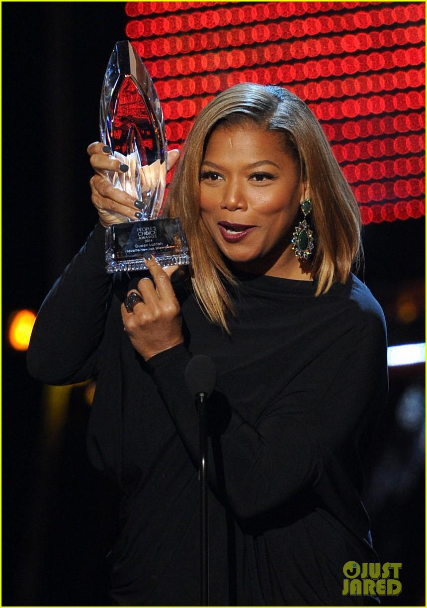 queen latifah wins big at peoples choice awardw 2014 02