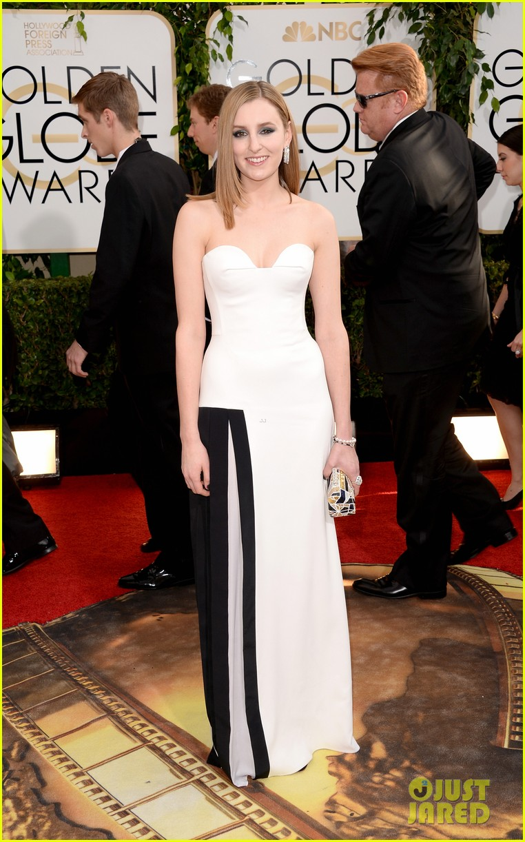 laura carmichael golden globes 2014 red carpet 03