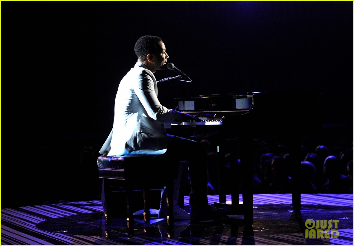 john legend performs all of me at grammys 2014 video 063041344