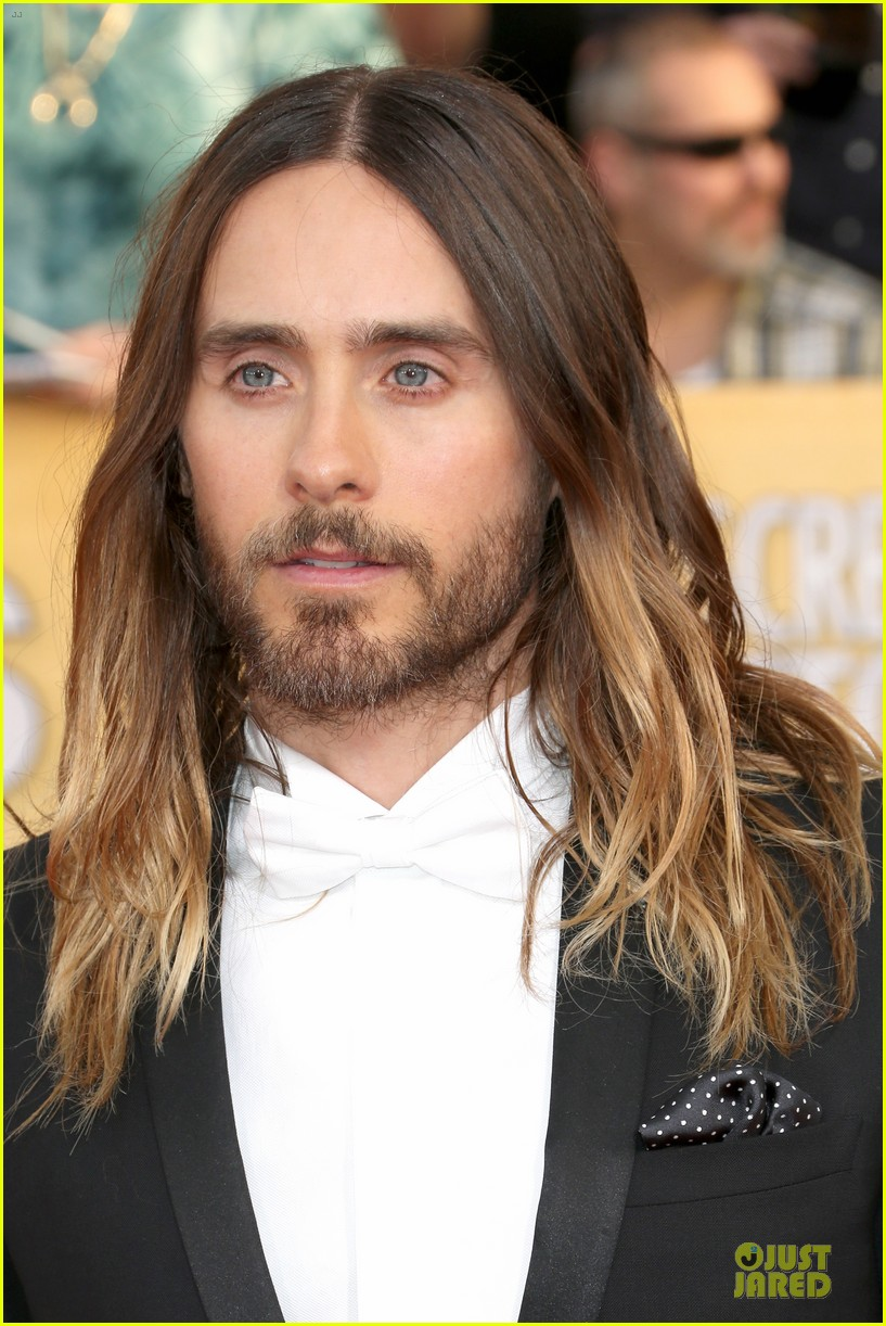 jared leto sag awards 2014 red carpet with mom constance 07
