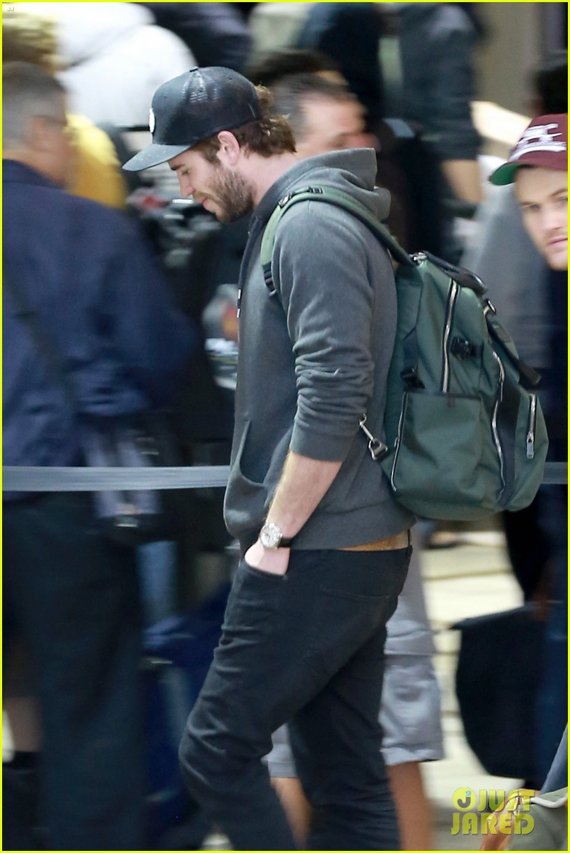 liam hemsworth catching fire set to surpass iron man 3 domestically 033023136