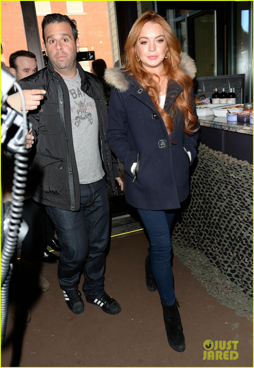 lindsay lohan announces new film inconceivable at sundance 05