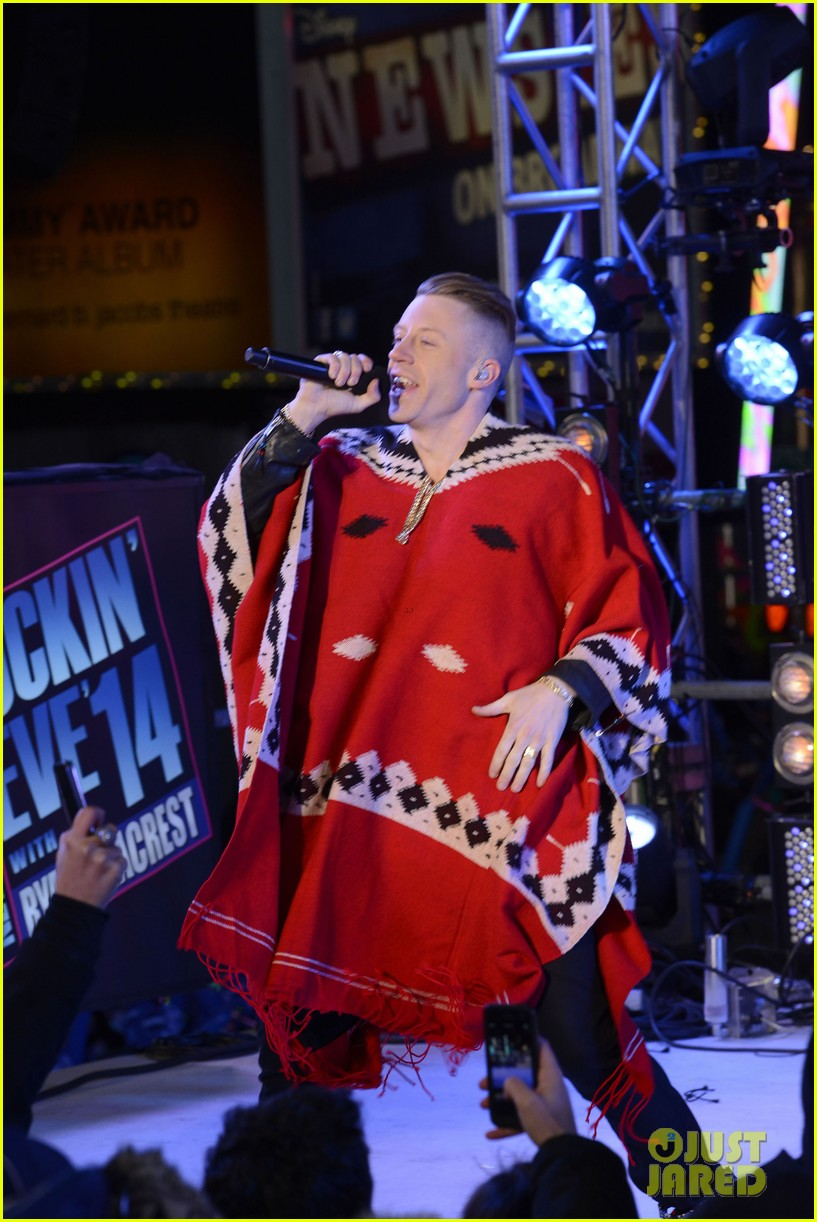 macklemore ryan lewis new years eve 2014 performance watch 043020935