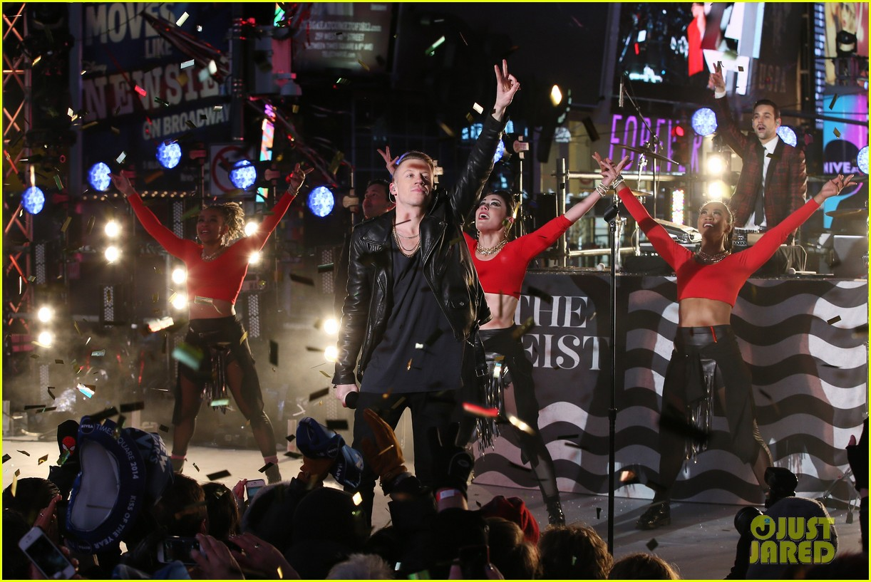 macklemore ryan lewis new years eve 2014 performance watch 08