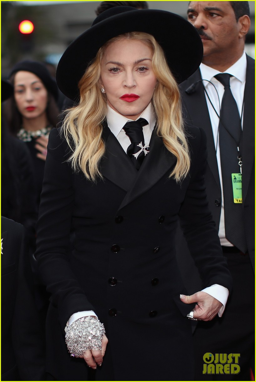 madonna grammys 2014 red carpet with son david 043041012