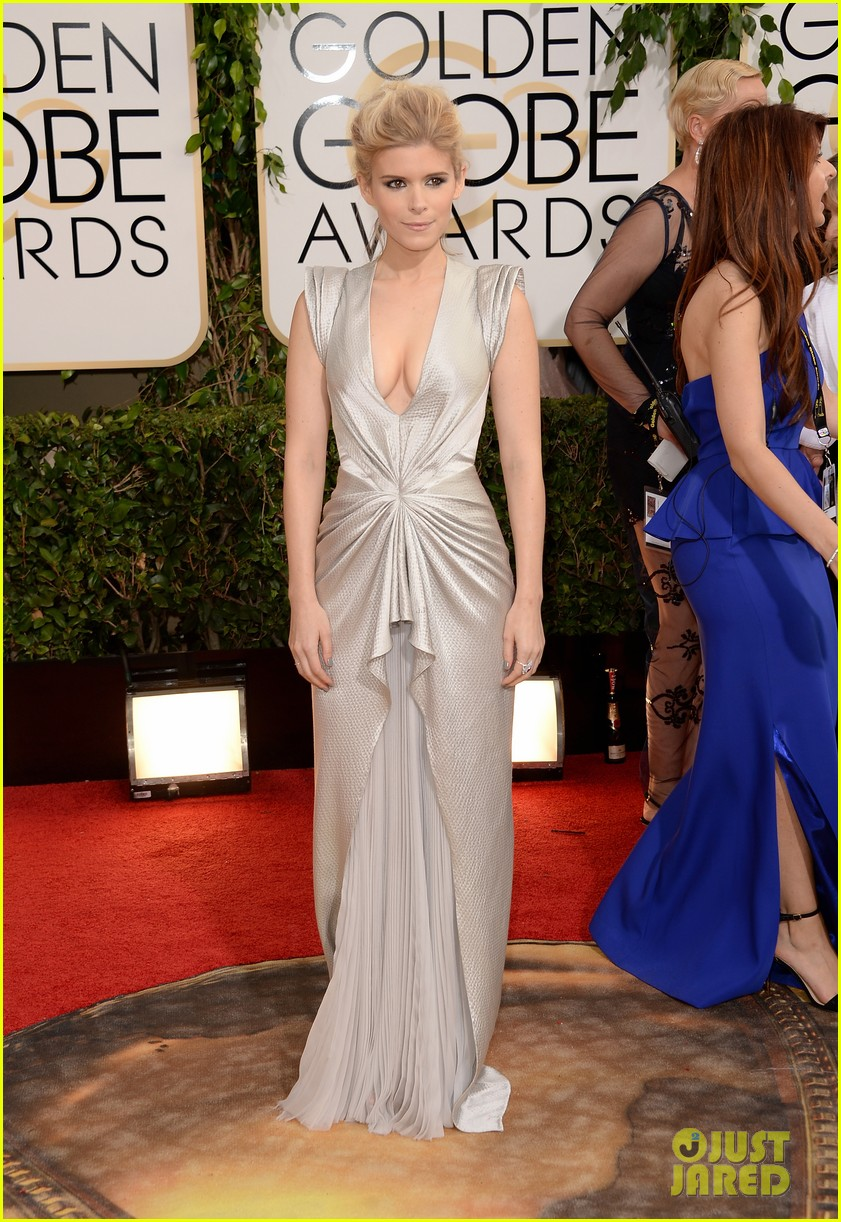 http://cdn02.cdn.justjared.com/wp-content/uploads/2014/01/mara-gg/kate-mara-golden-globes-2014-red-carpet-05.jpg