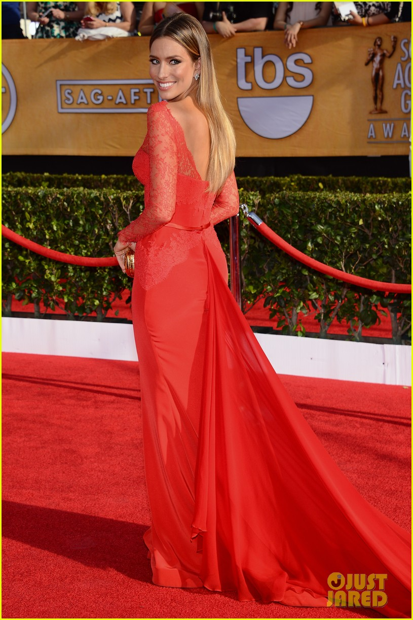 mario lopez nancy odell sag awards 2014 red carpet 103034553