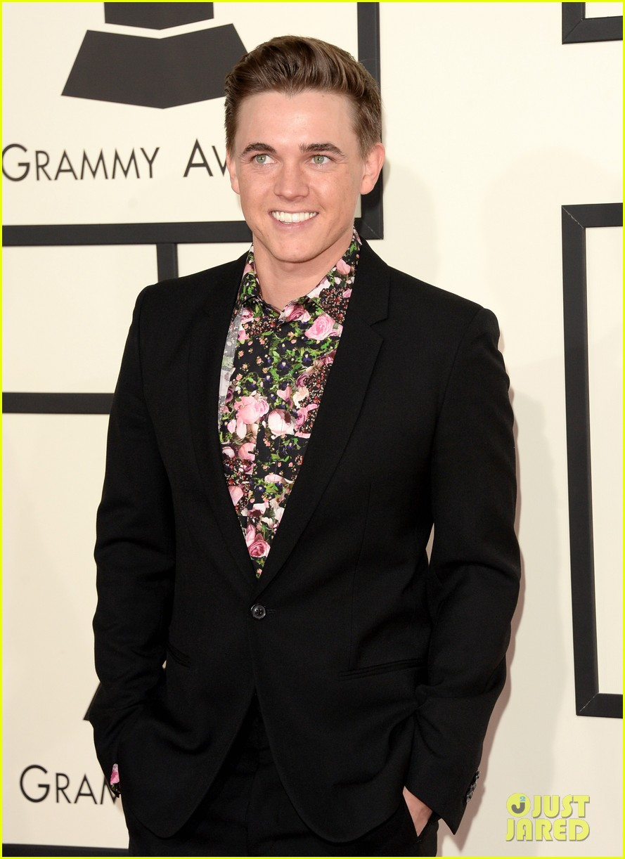 jesse mccartney grammys 2014 red carpet 06
