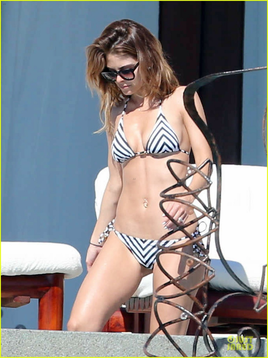 maria menounos black white bikini in cabo san lucas 07