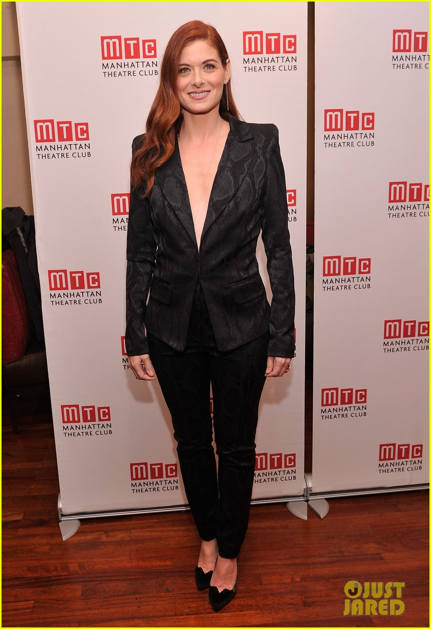 julianna margulies supports debra messings opening night 053039078