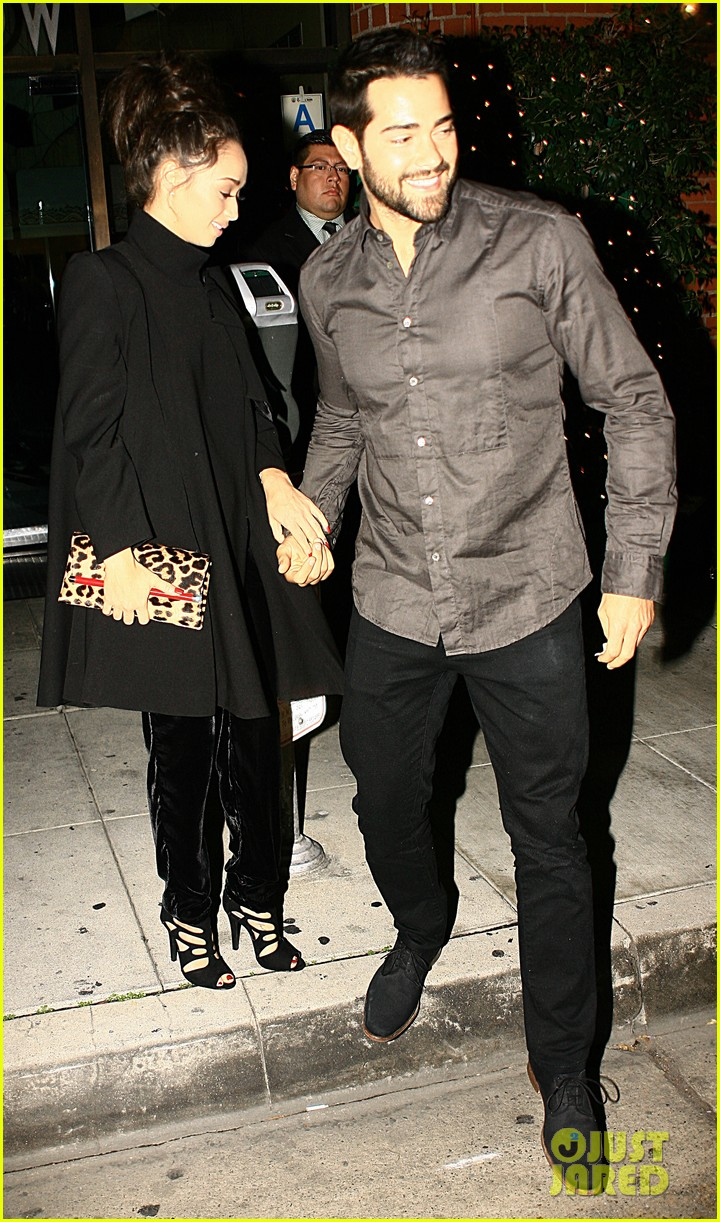 jesse metcalfe cara santana mr chows dinner with the maguires 01