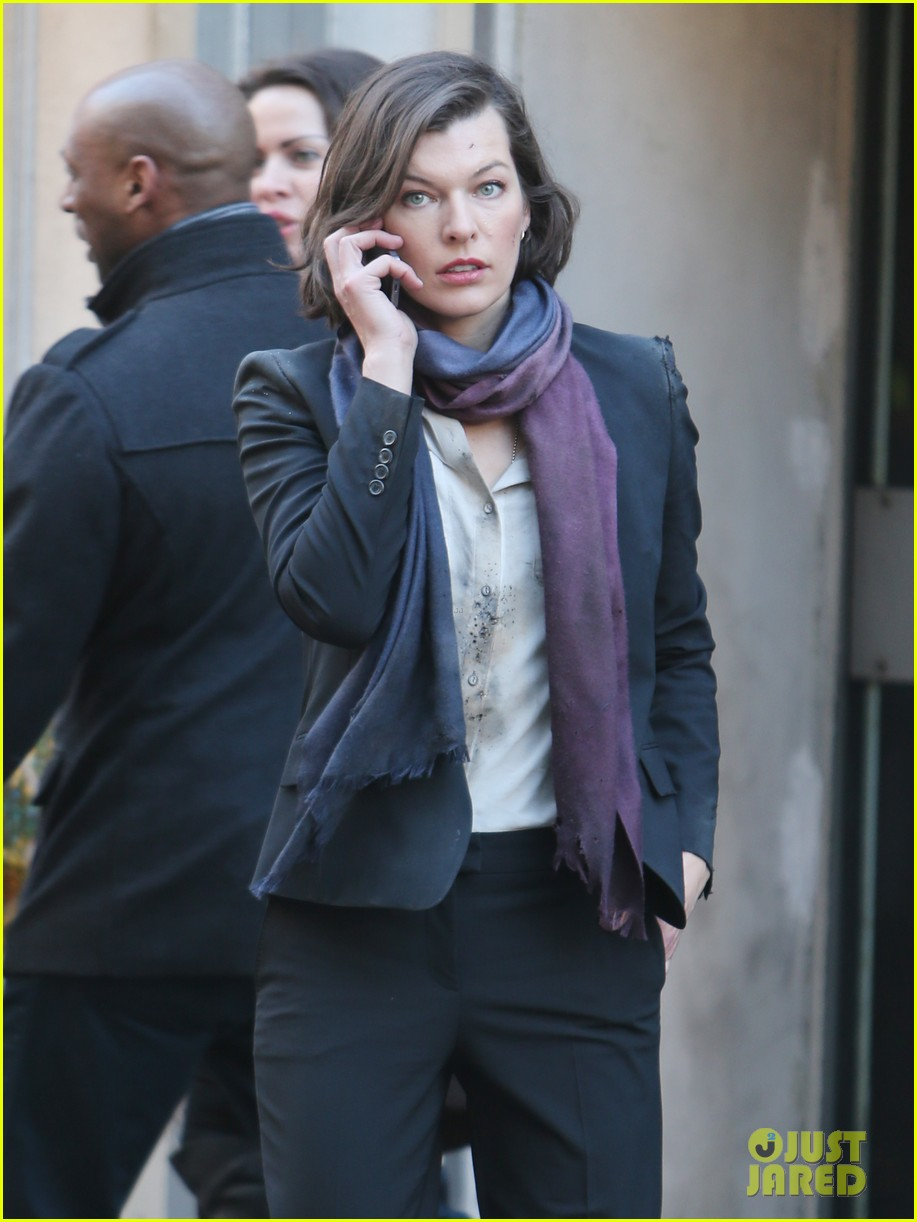 milla jovovich dylan mcdermott film survivor in london 06