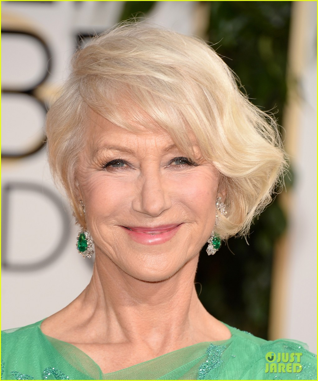 helen mirren golden globes 2014 red carpet 04