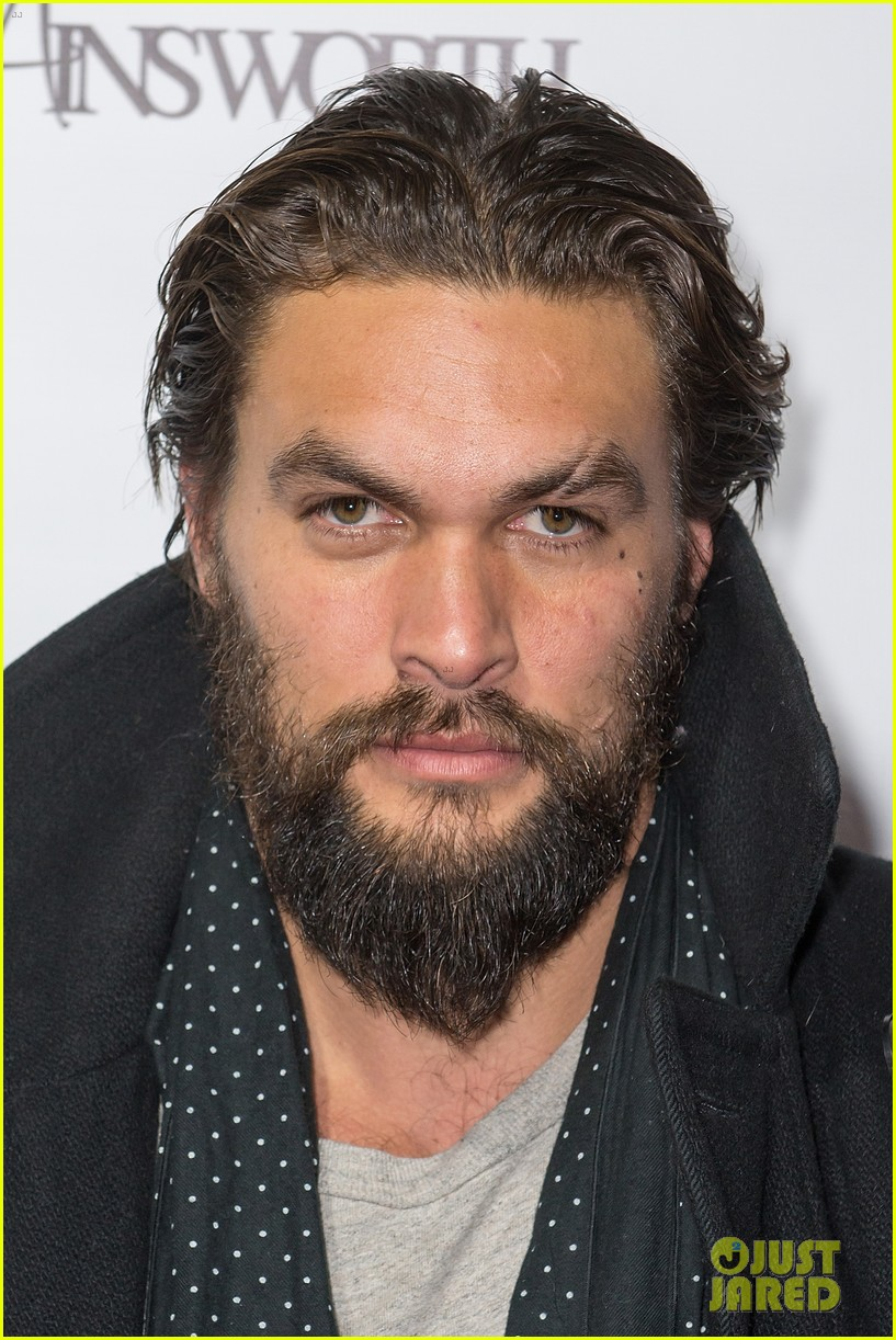 jason momoa geoff stults football fun at sundance 12