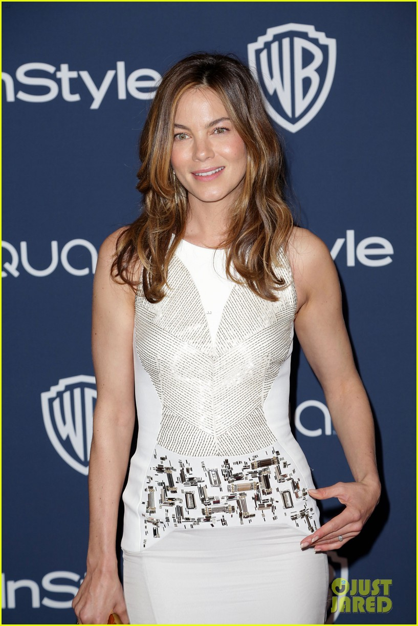 michelle monaghan julianne hough instyle golden globes party 2014 02