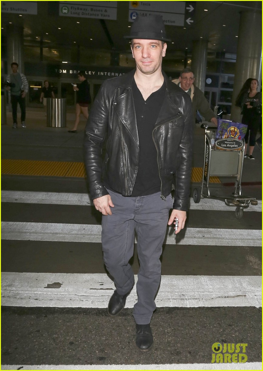 matthew morrison renee puente lax landing with jc chasez 223021835